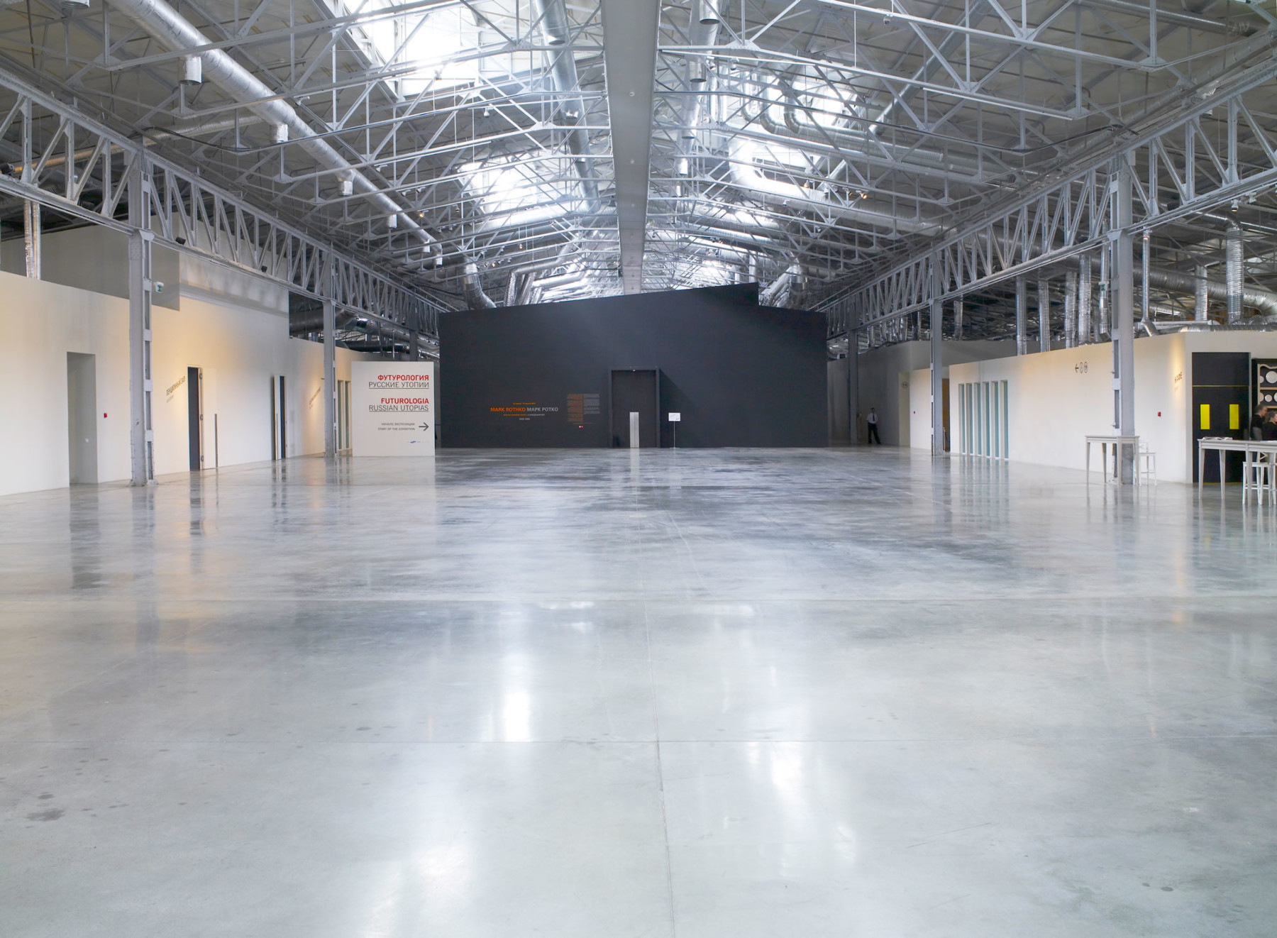 jamie-fobert-architects moscow-gallery-garage-museum-building-within-a-building