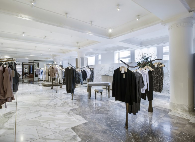 Selfridges-London-designer-fashion-retail-Jamie-Fobert-Architects-shop-marble-floor-womenswear-awards