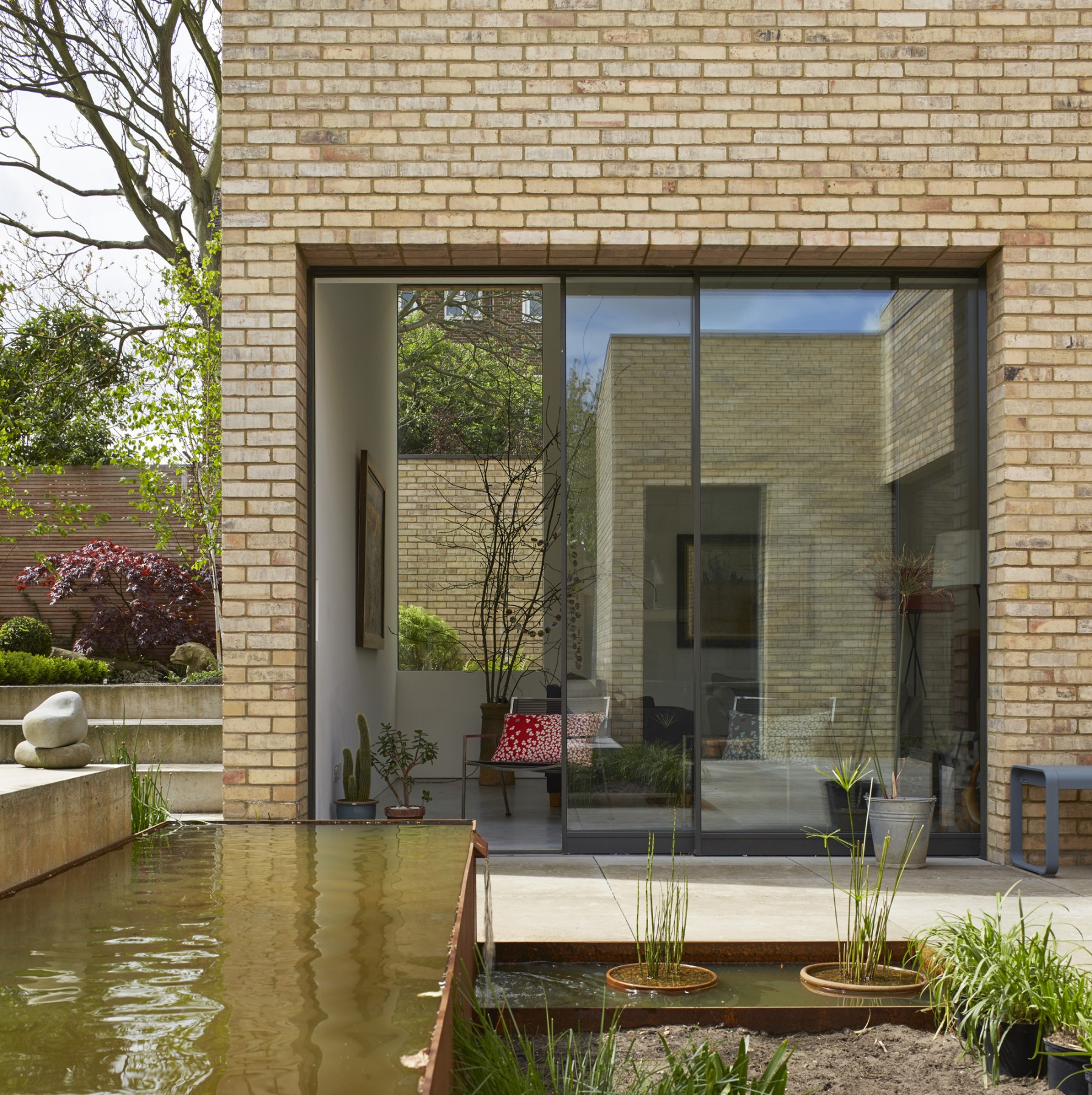 Luker-House-contemporary-modern-London-house-Barnes-Jamie-Fobert-Architects-RIBA-Award