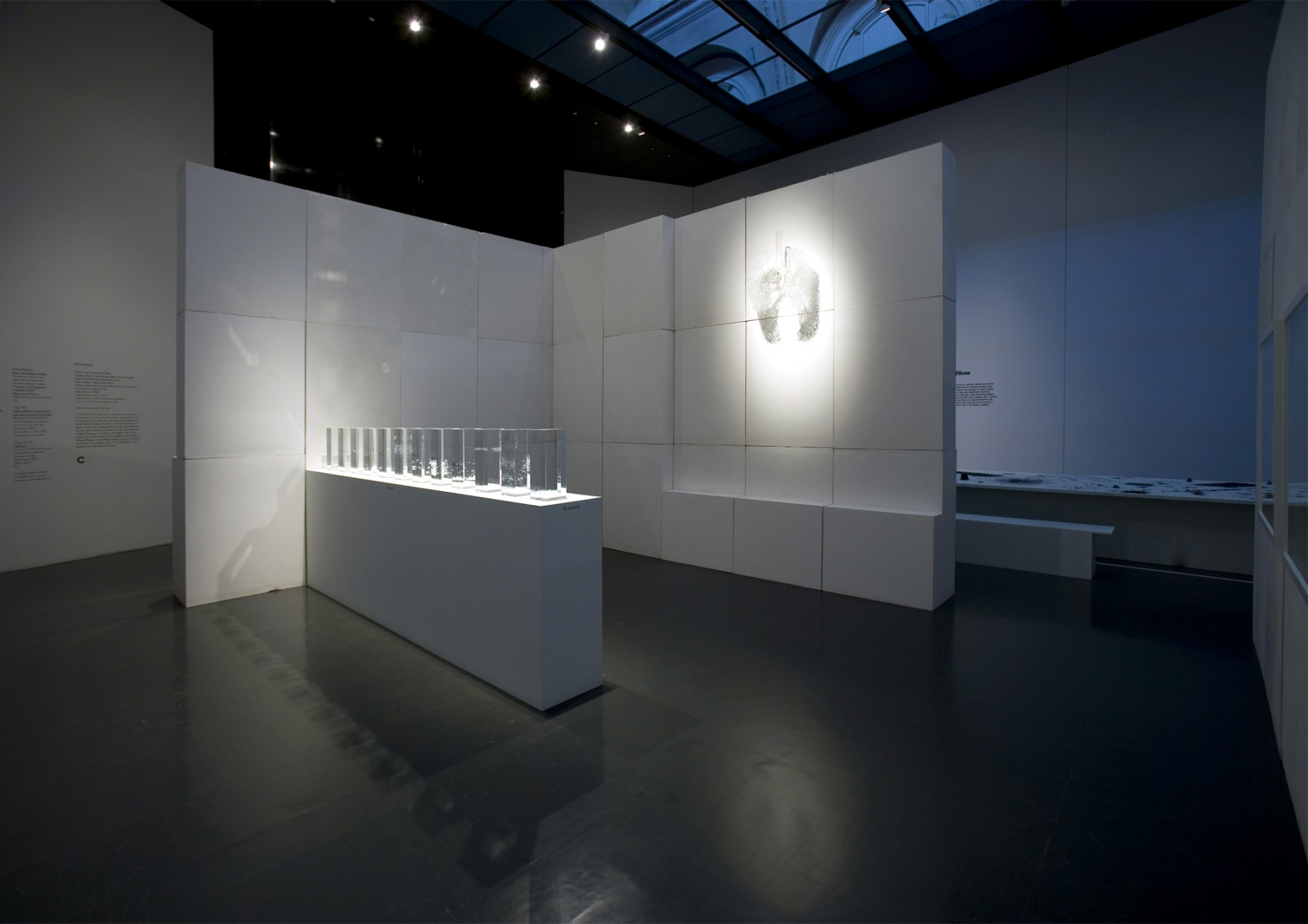 Out-Of-The-Ordinary-V&A-London-design-exhibition-craft-materials-Laurie-Britton-Newell-craft-council-Jamie-Fobert-Architects-3