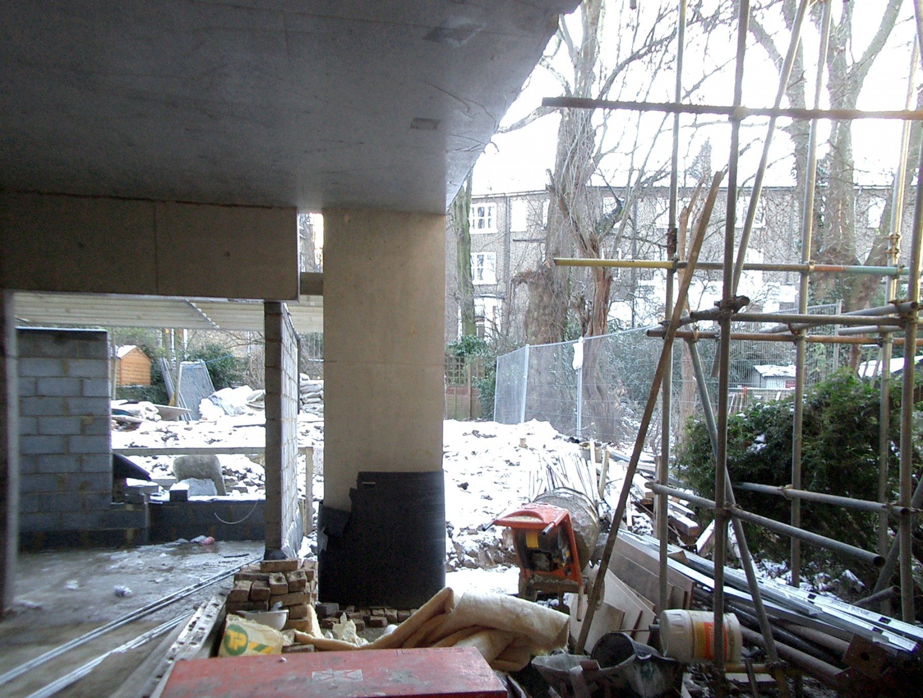 Kander-house-Primrose-hill-London-residential-home-contemporary-interior-Riba-award-victorian-Jamie-Fobert-Architects-construction-site-2