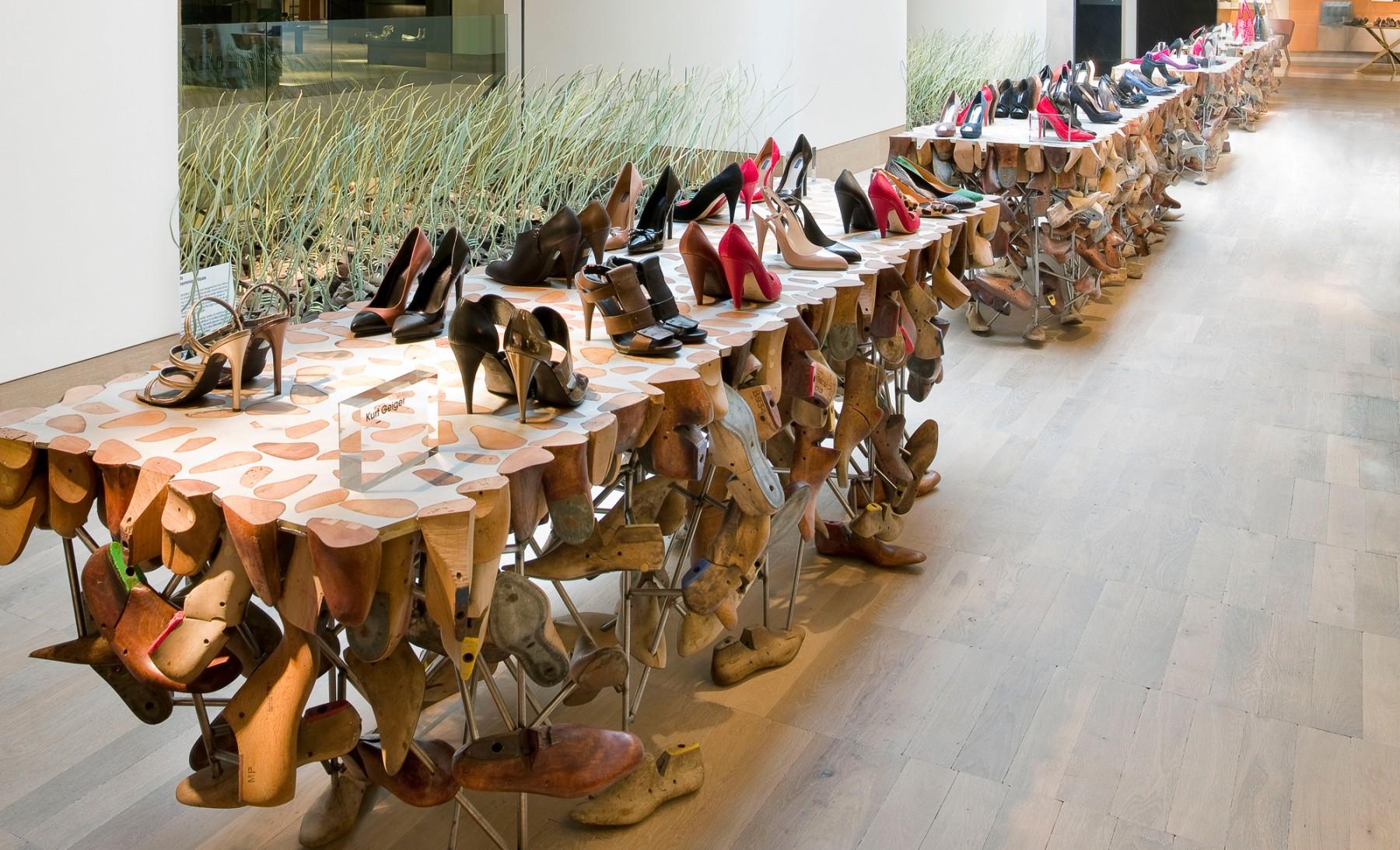 Selfridges-London-designer-fashion-retail-Jamie-Fobert-Architects-shop-shoe-last-table-galleries-2-2