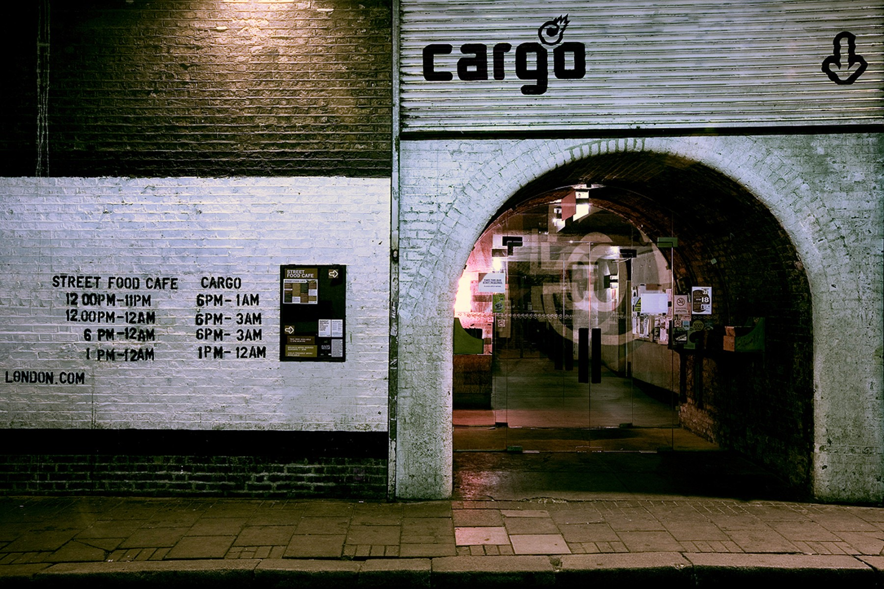 Cargo-East-London-Shoreditch-cultural-scene-bar-restaurant-urban-disused-railway-yard-entertainment-venue-events-Jamie-Fobert-Architects-6