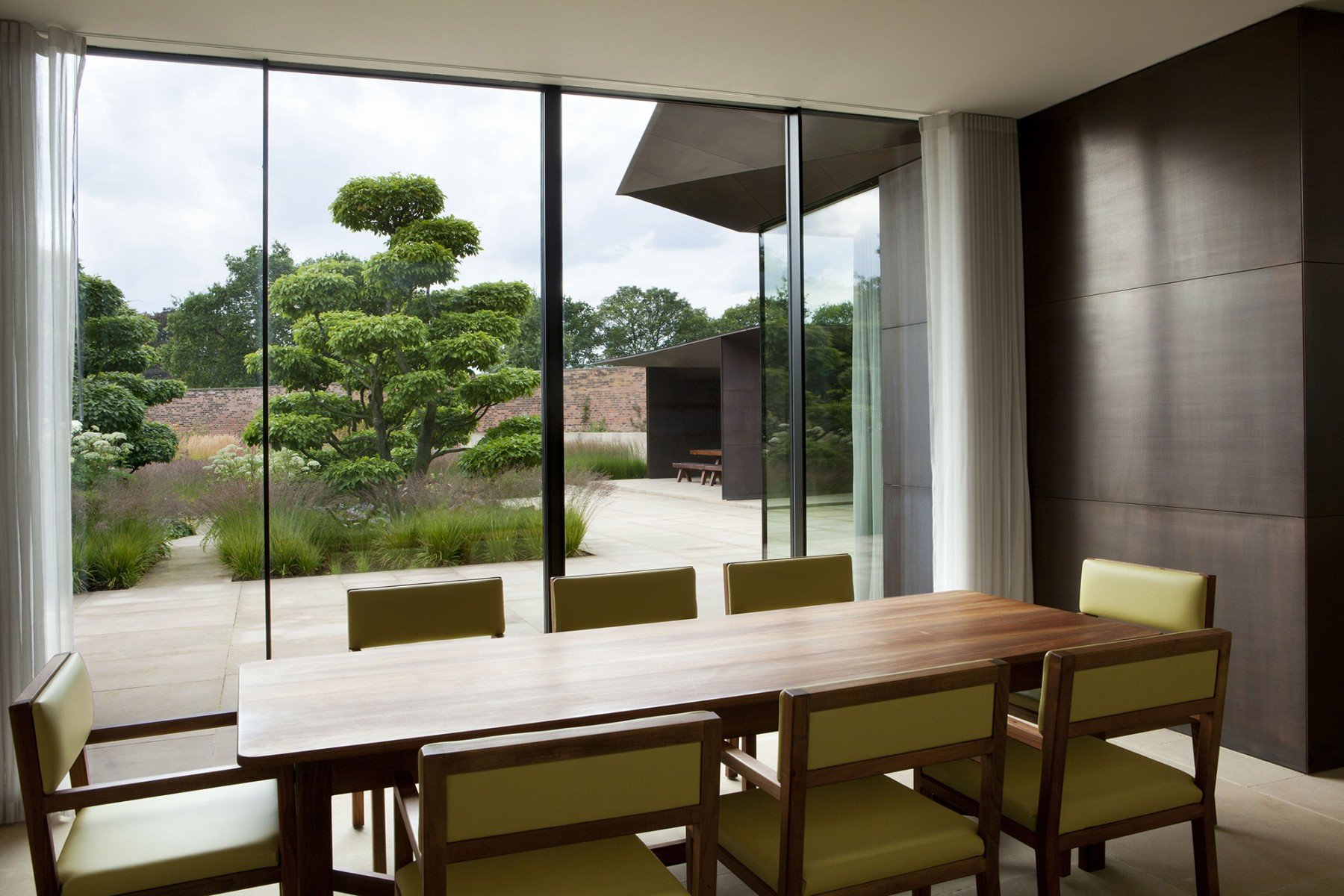 Garden-Grange-Pavilion-landscape-cheshire-cogshall-bronze-copper-room-gate-Tom-Stuart-smith-Jamie-Fobert-Architects-9