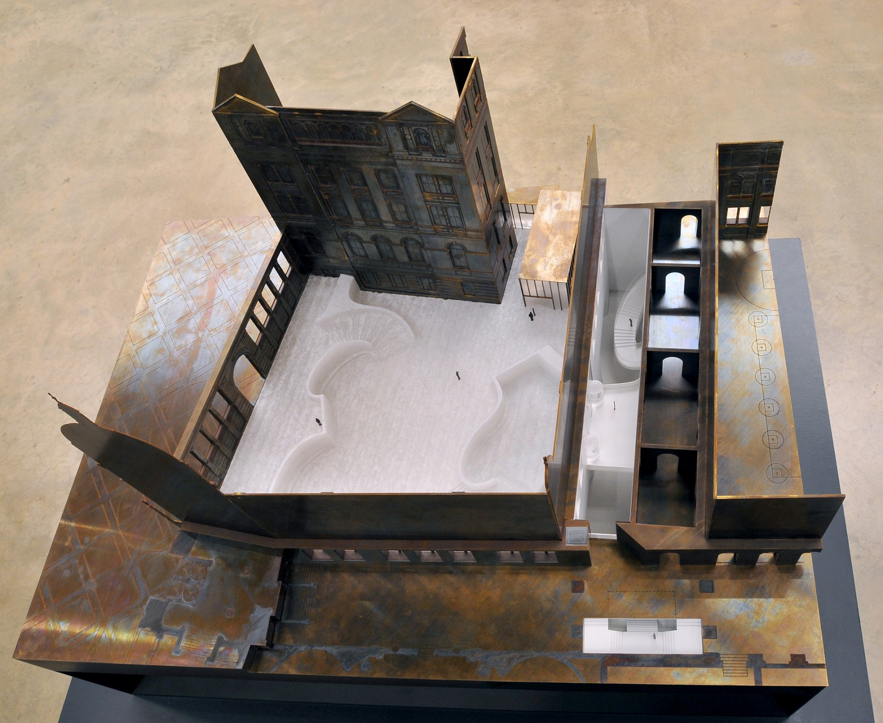 Victoria-and-Albert-Museum-V&A-competition-Exhibition-Road-gallery-London-Sir-Aston-Webb-design-short-list-Jamie-Fobert-architects-model-2