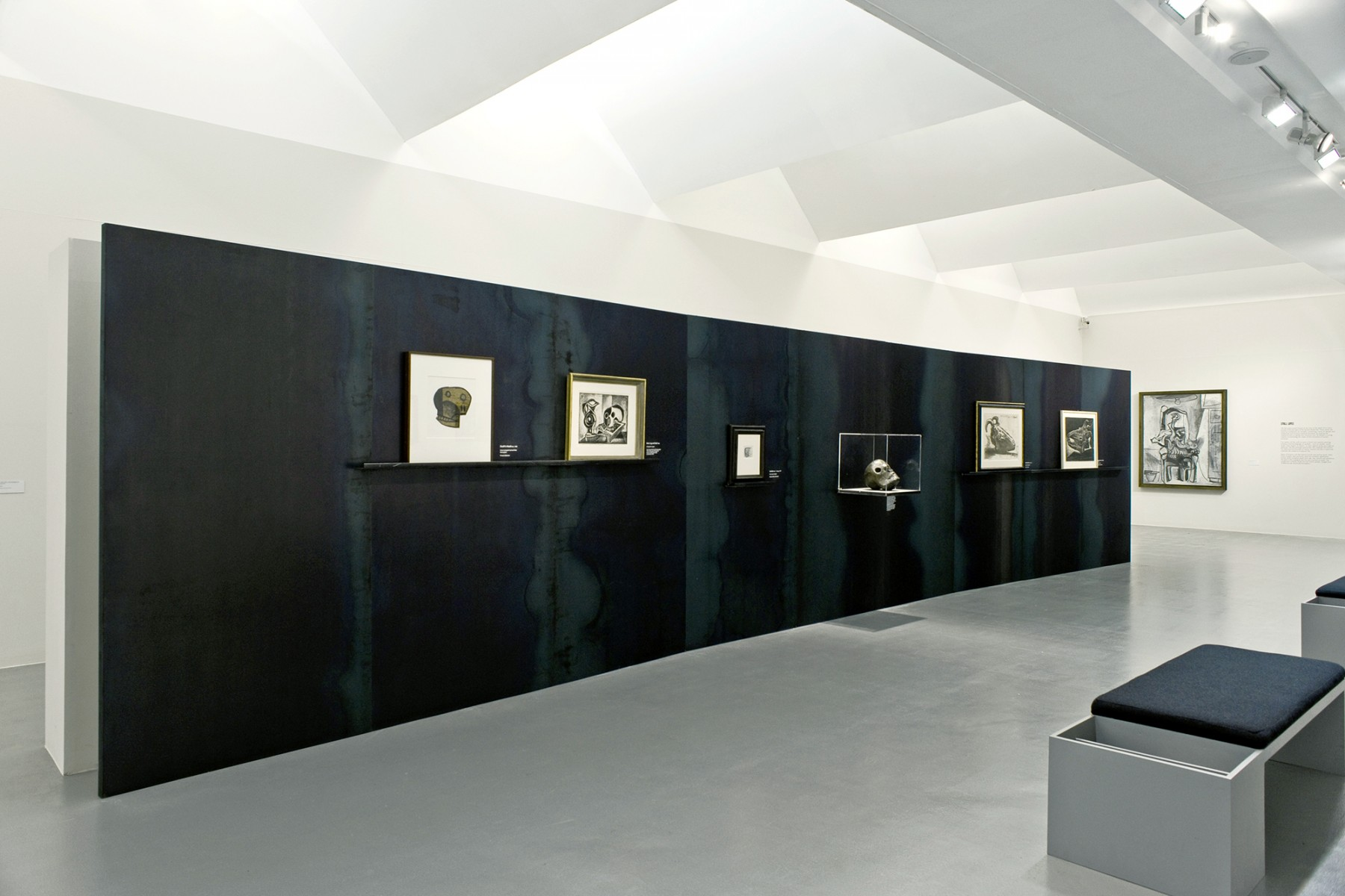 Picasso-Peace-and-Freedom-Tate-Liverpool-design-steel-exhibition-art-Jamie-Fobert-Architects-3