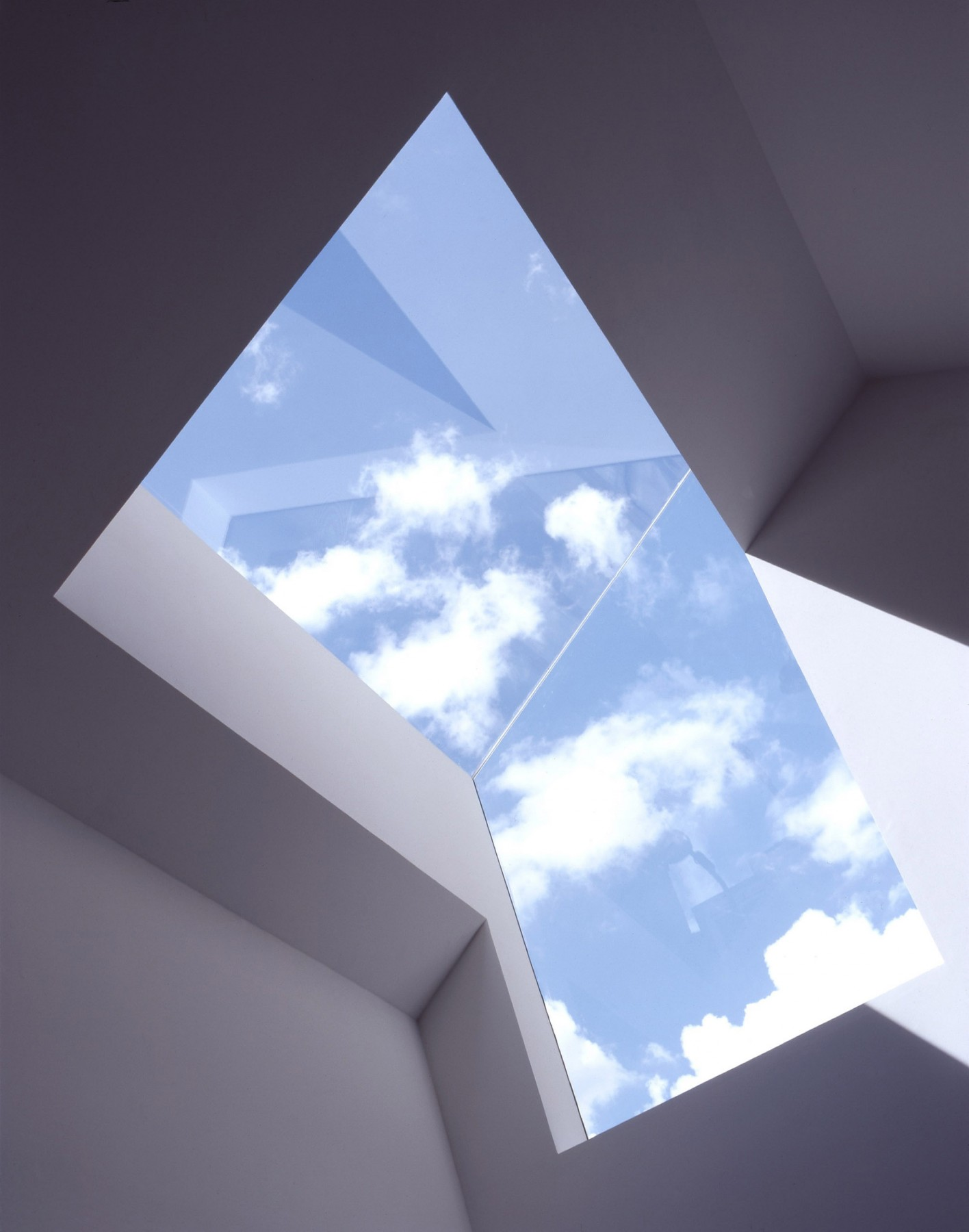 Anderson-House-contemporary-modern-London-residential-home-Jamie-Fobert-Architects-skylight