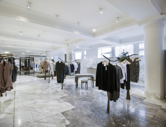 Selfridges-London-designer-fashion-retail-Jamie-Fobert-Architects-shop-marble-floor-womenswear-4