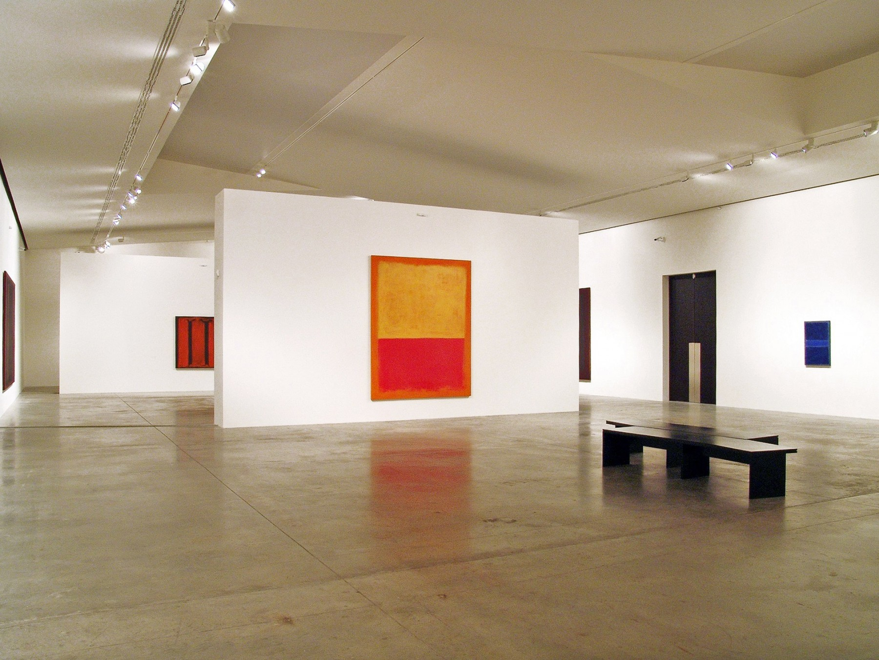The-Garage-CCC-Moscow-Russia-Art-gallery-centre-contemporary-culture-modern-Daria-Zhukova-Jamie-Fobert-Architects-exhibition-Mark-Rothko-2ret