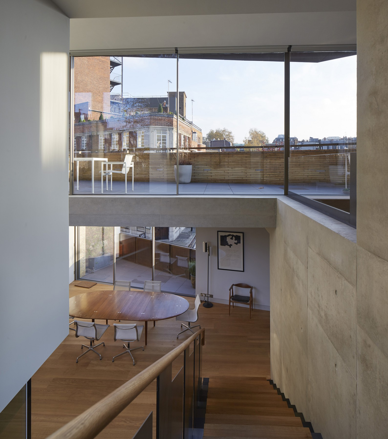 Levring-House-modern-London-residential-house-Jamie-Fobert-Architects-RIBA-Award-Doughty-Mews-lightwell-stairs