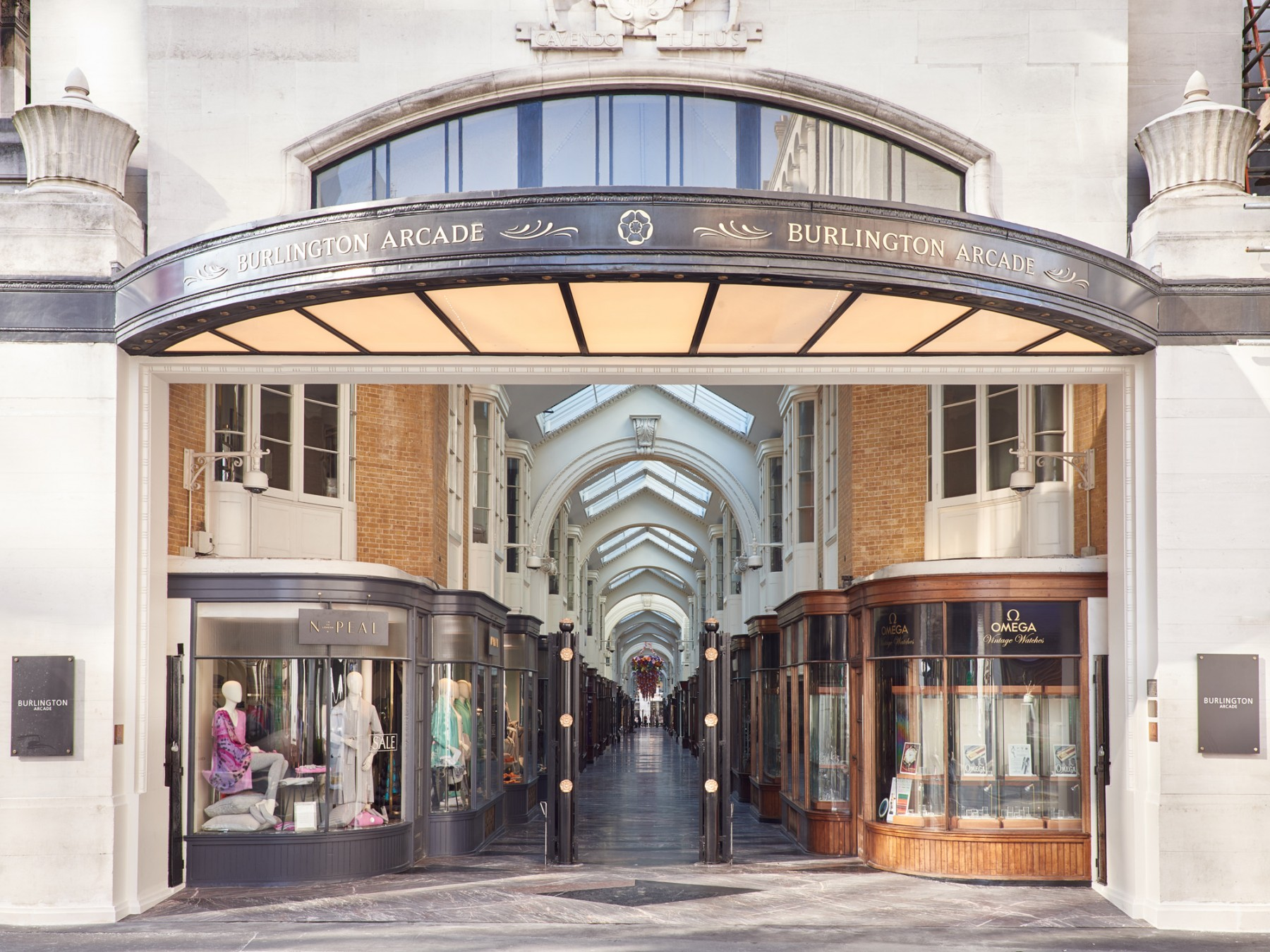 Burlington-Arcade-Piccadilly-London-Royal-Academy Jamie-Fobert-Architects- British-stone-floor-marble-mosaic-Burlington-entrance