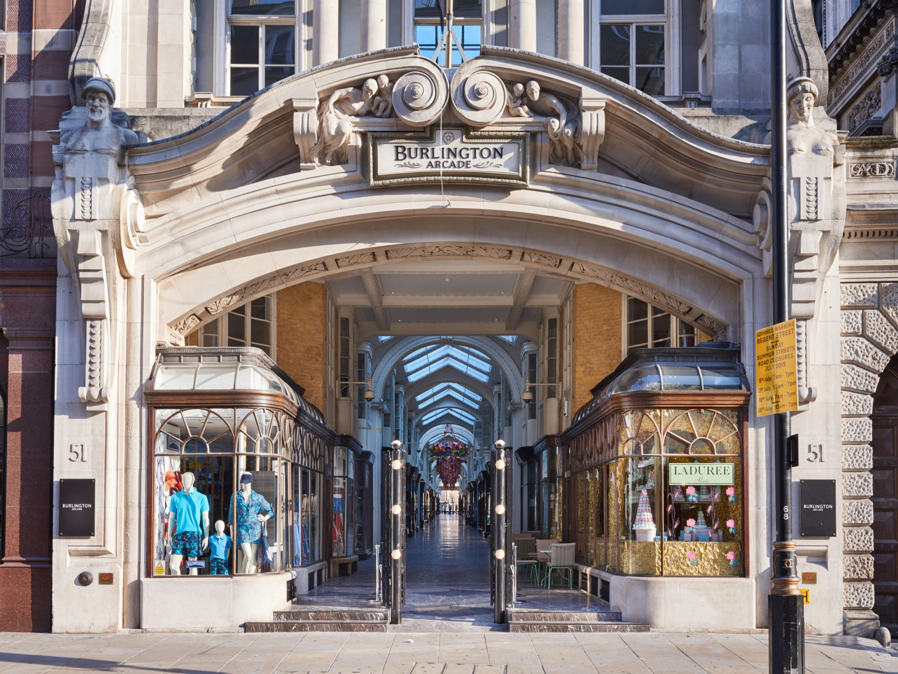 Burlington-Arcade-Piccadilly-London-Royal-Academy Jamie-Fobert-Architects- British-stone-floor-marble-mosaic-Picadilly-entrance