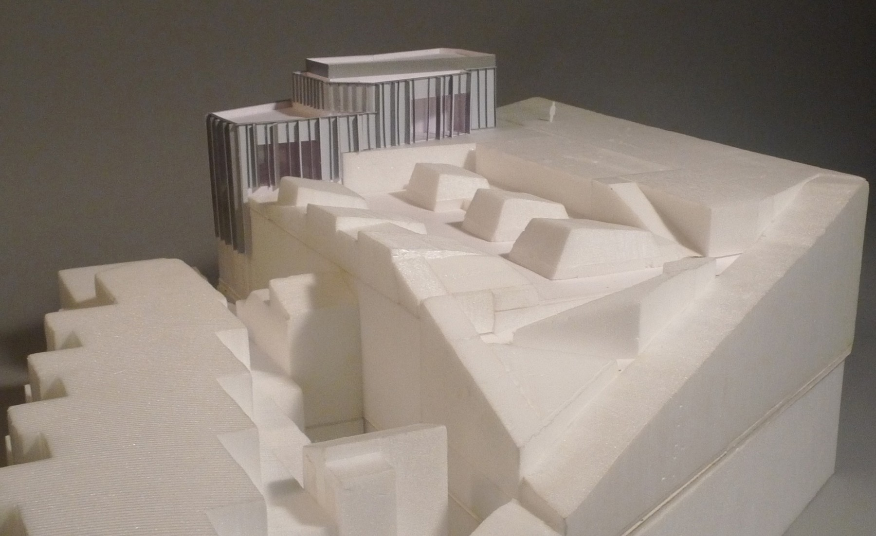 Jamie-Fobert-Architects-extension-to-Tate-St-Ives-foam-model-exterior- faience-pavilion