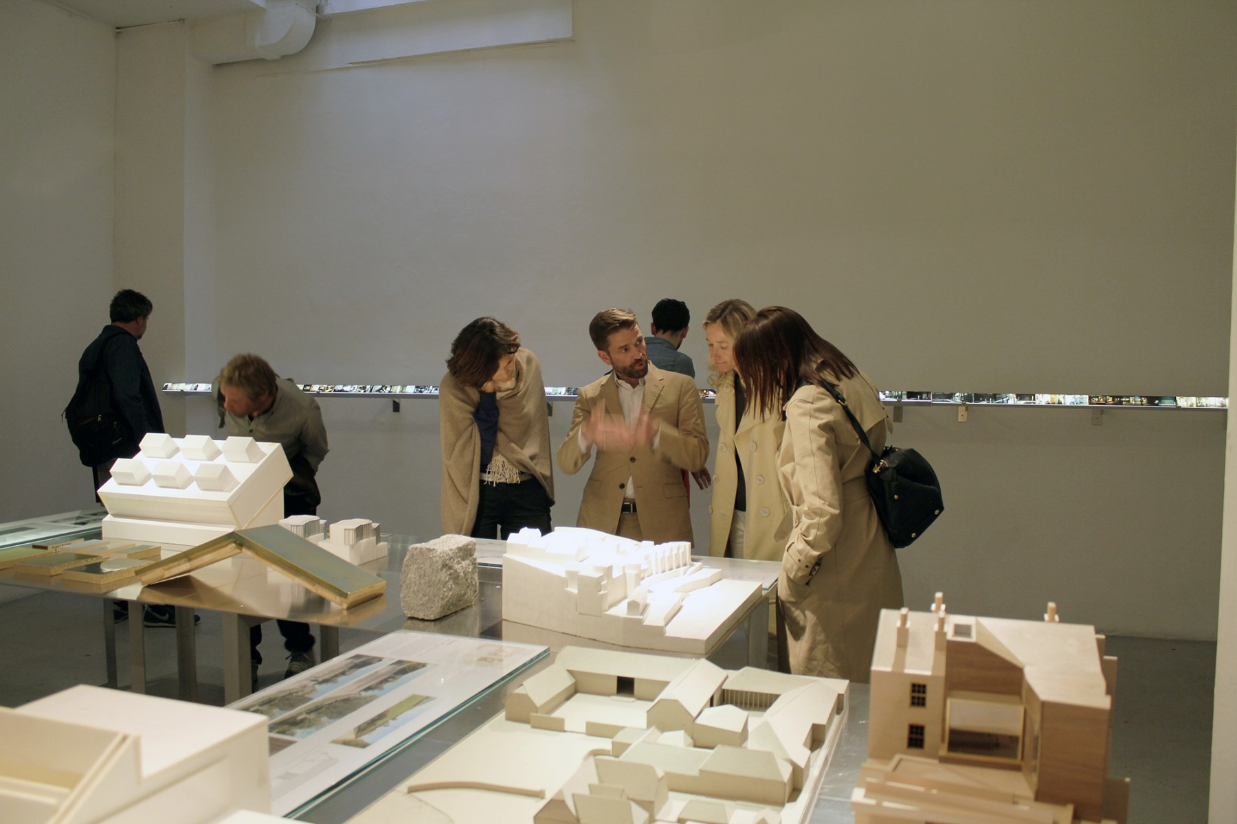 Jamie-Fobert-Architects-working-in-architecture-exhibition-Galerie-d'Architecture (2)