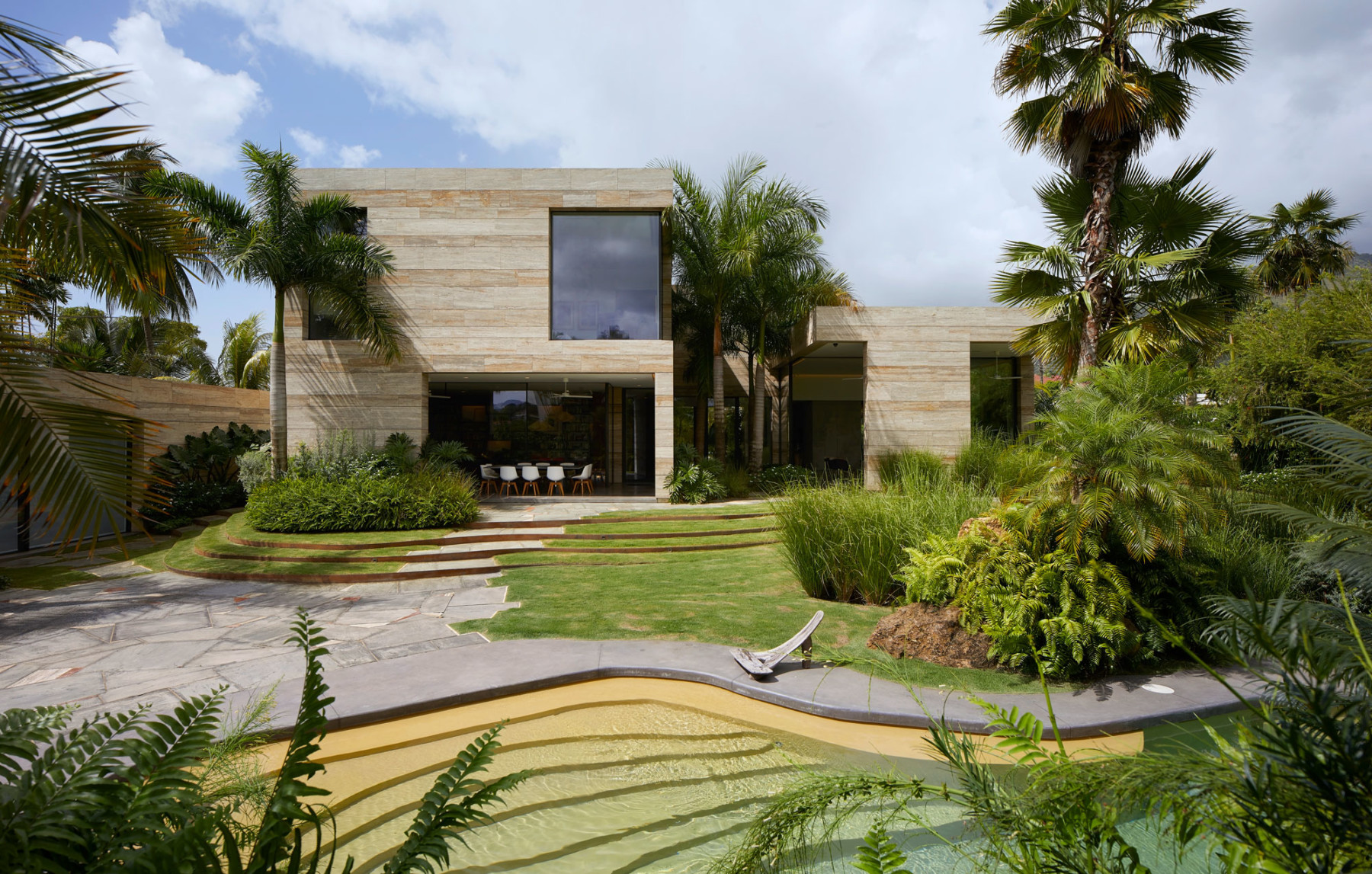 Jamie-Fobert-Architects travertine-house Port-of-Spain Trinidad Hufton+Crow 035