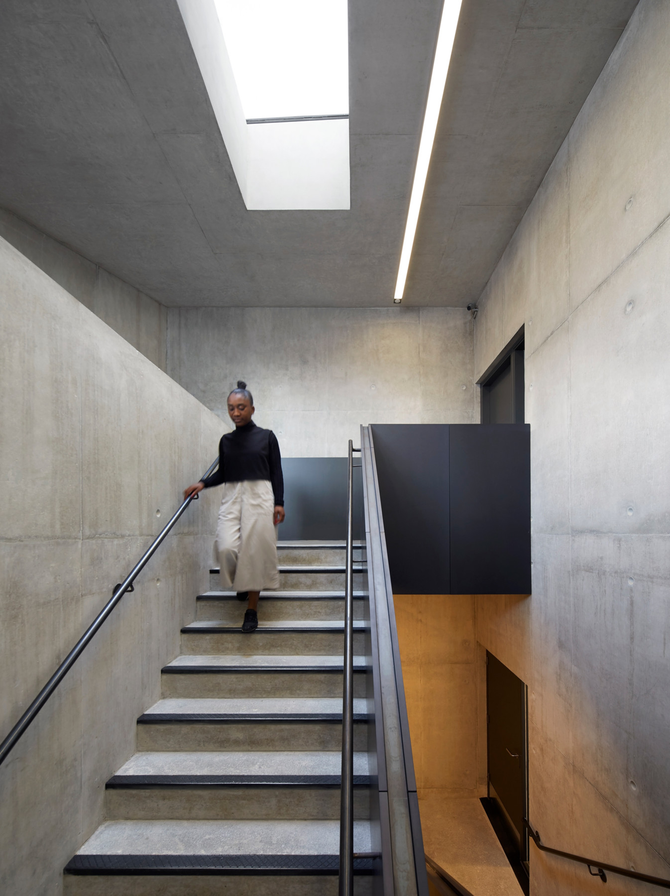 Jamie-fobert-architects-tate-st-ives-hufton-and-crow-concrete-stair