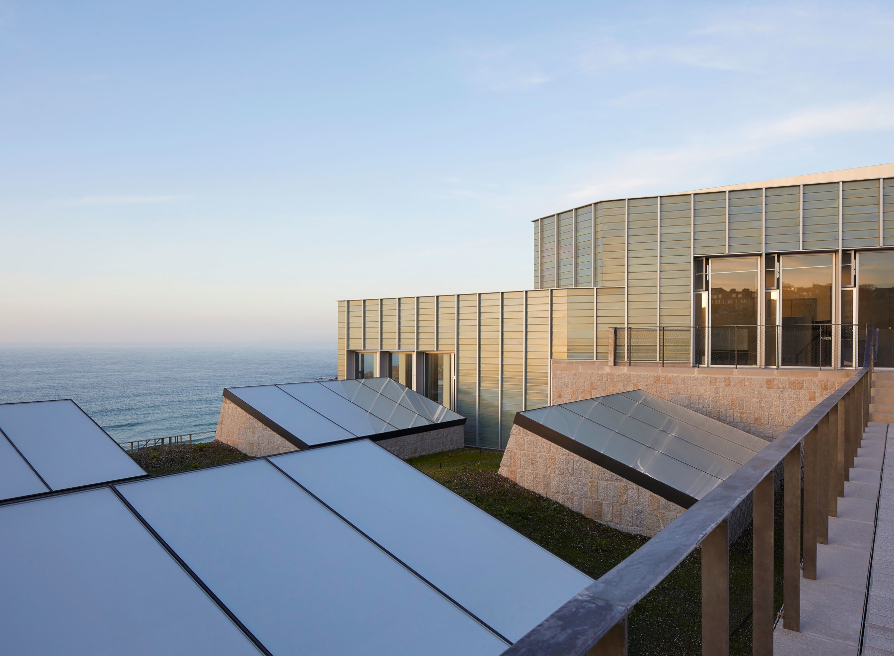 Jamie-Fobert-Architects Tate-St-Ives Cornwall Hufton+Crow faience rooflights