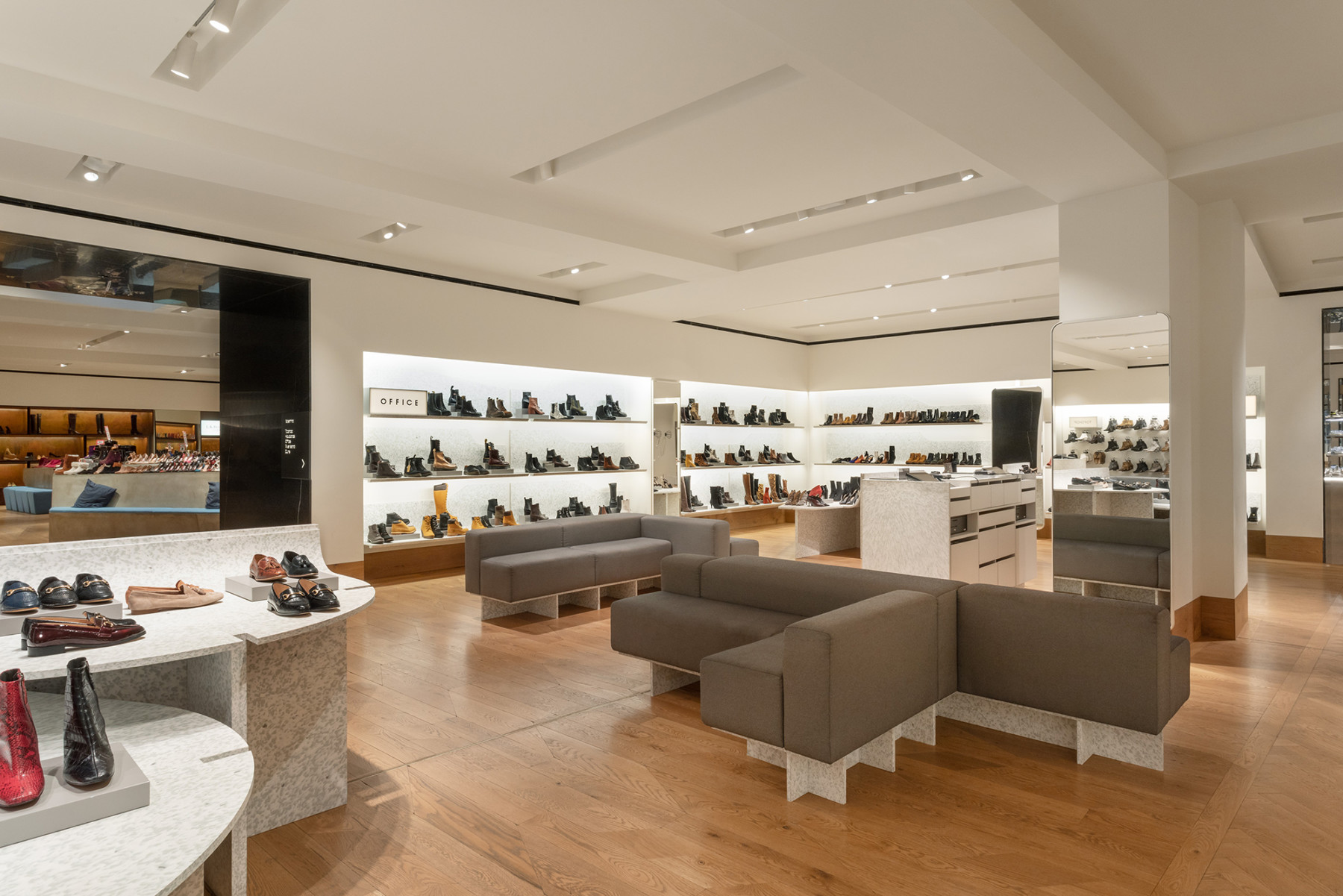 jamie-fobert-architects-selfridges-shoe-galleries-luxury-retail-concept-gallery-2-recycled