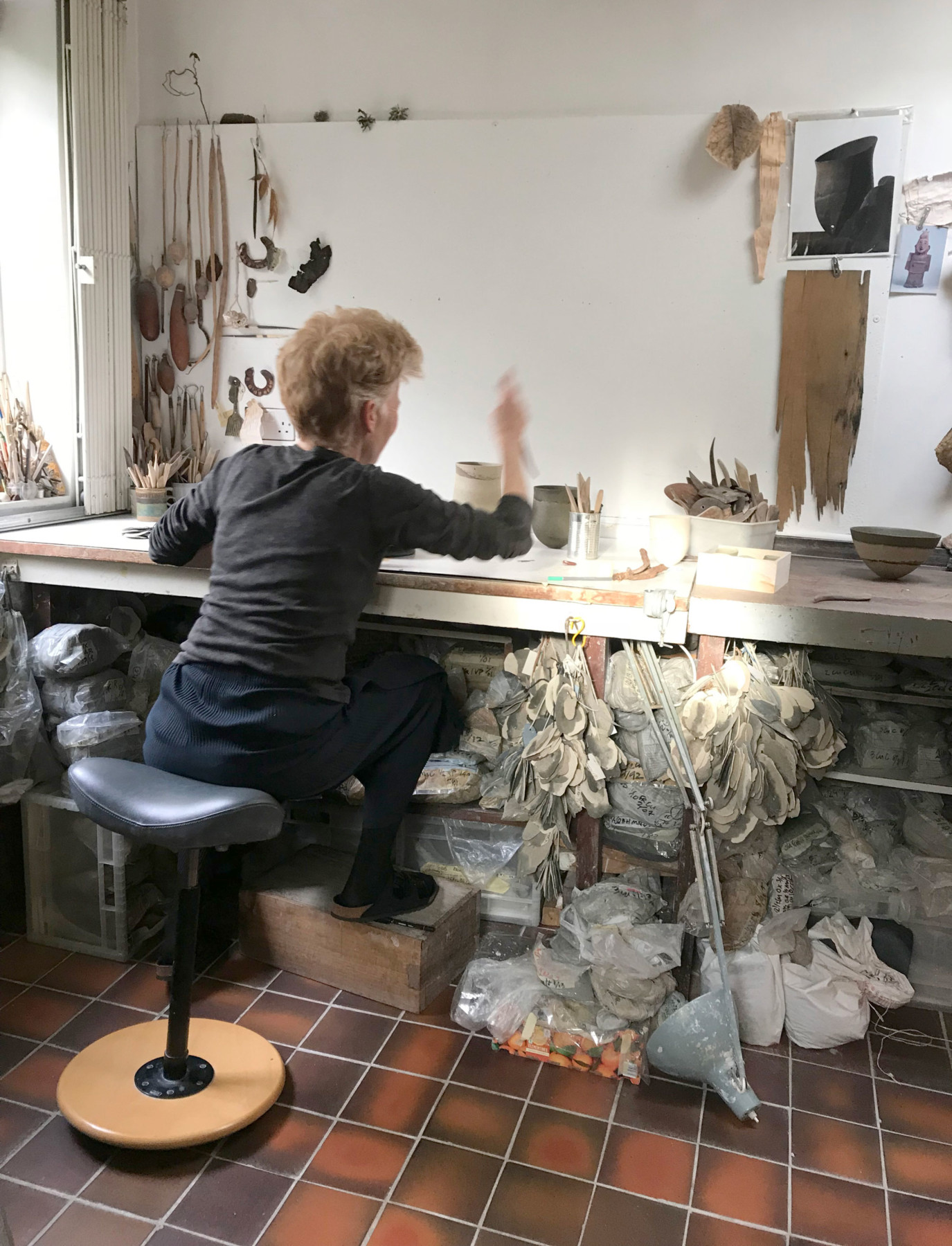 kettles-yard-exhibition-design-jamie-fobert-architects-studio-visit-jeff-process
