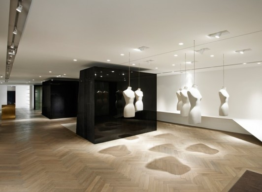 Givenchy-Paris-boutique-designer-fashion-retail-Jamie-Fobert-Architects-shop-preopening-2-case-study thumbnail