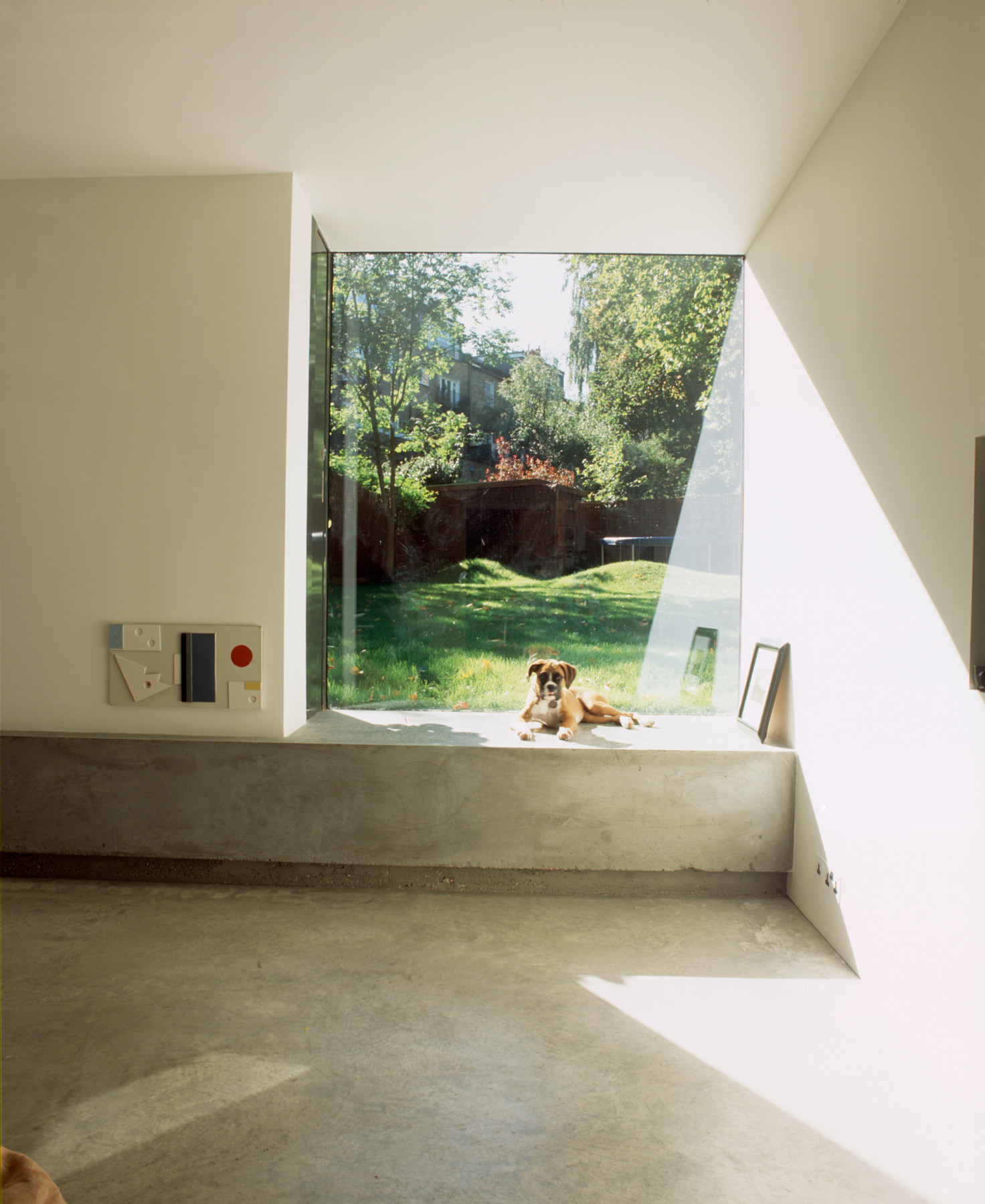 Kander-house-Primrose-hill-London-residential-home-contemporary-interior-Riba-award-victorian-Jamie-Fobert-Architects-window