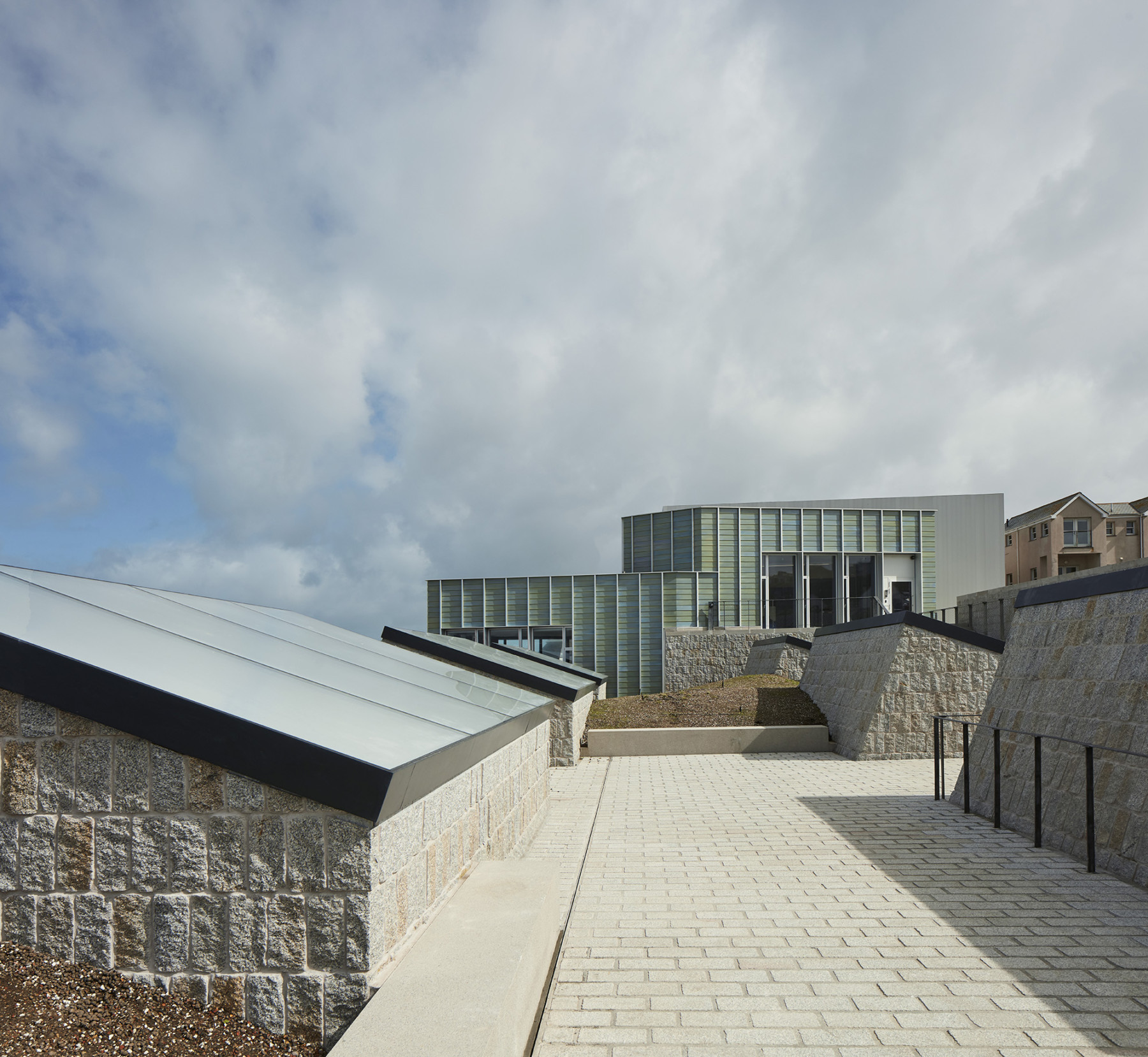 Jamie-fobert-architects-tate-st-ives-ceramic-sea-path-granite