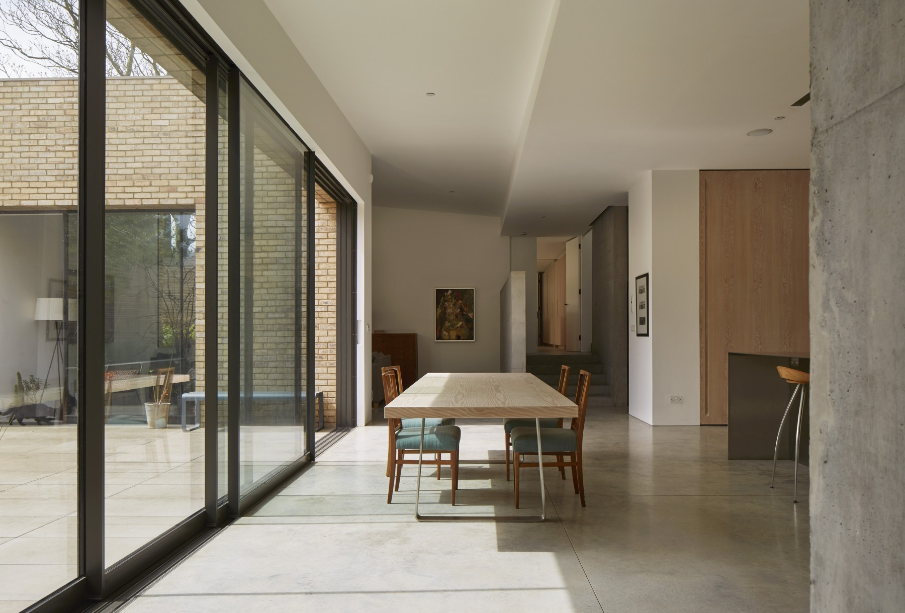 Luker-House-contemporary-modern-London-house-Barnes-Jamie-Fobert-Architects-RIBA-Award-Kitchen-Concrete (4)