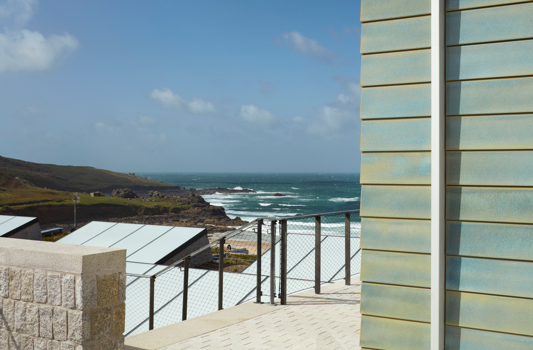 jamie-fobert-architects-tate-st-ives-granite-ceramic-porthmeor-beach