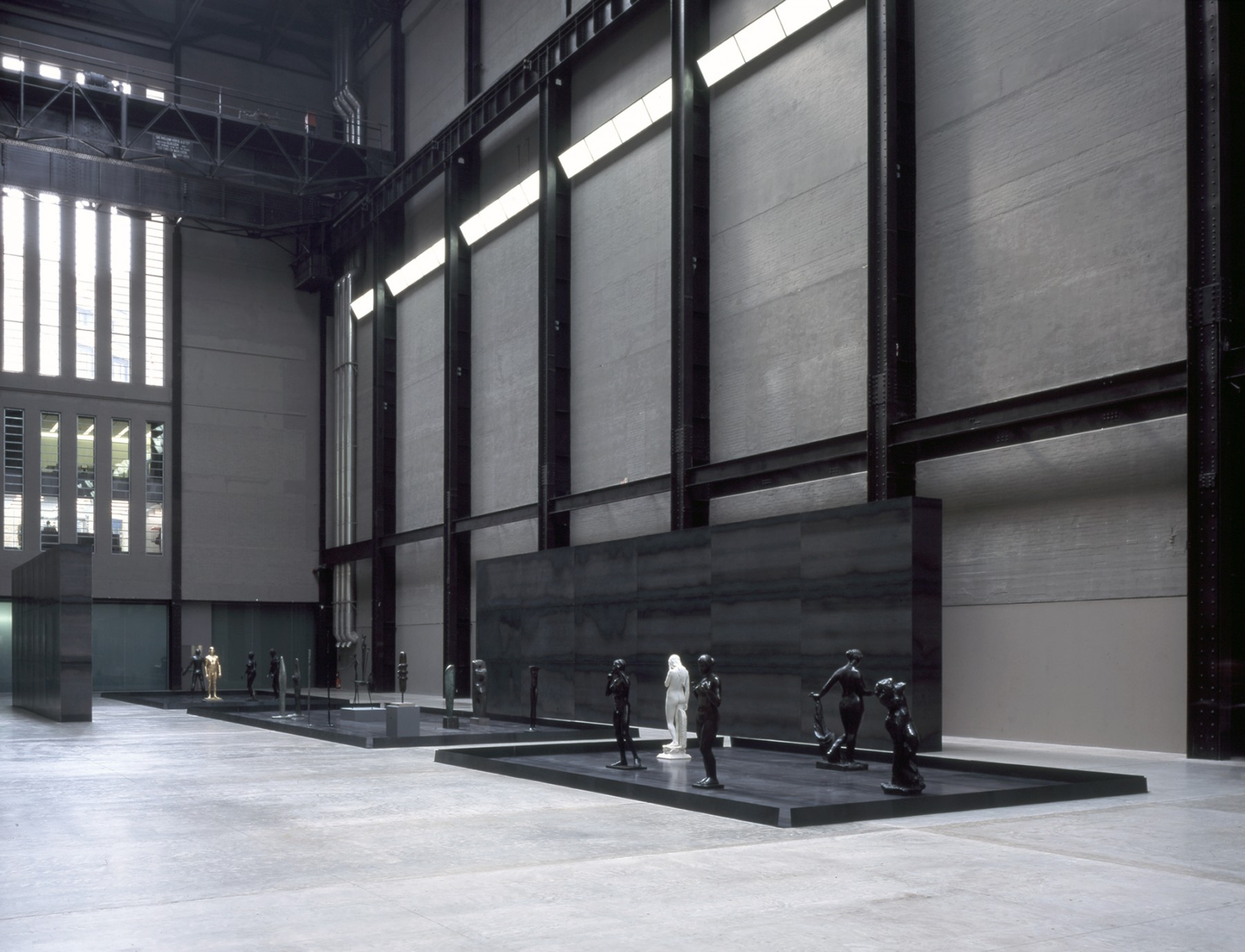 Upright-Figure-Tate-Britain-London-design-exhibition-Jamie-Fobert-Architects-Turbine-Hall-3