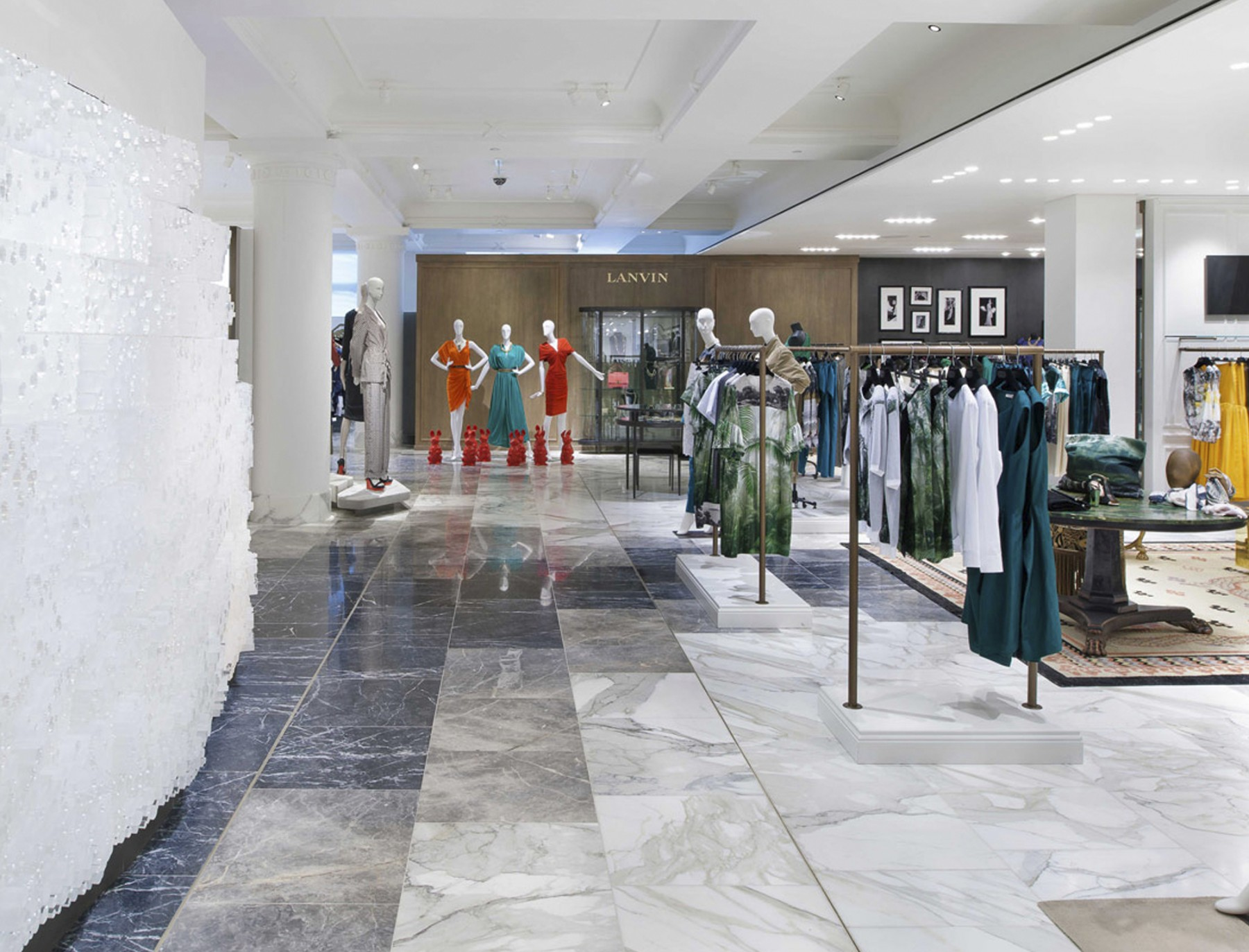 Selfridges-London-designer-fashion-retail-Jamie-Fobert-Architects-shop-marble-floor-womenswear-8-2