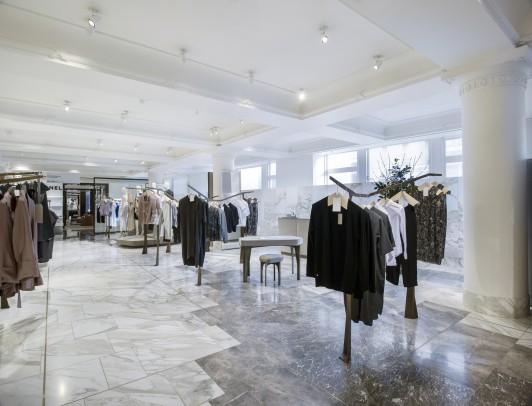 Selfridges-London-designer-fashion-retail-Jamie-Fobert-Architects-shop-marble-floor-womenswear-4