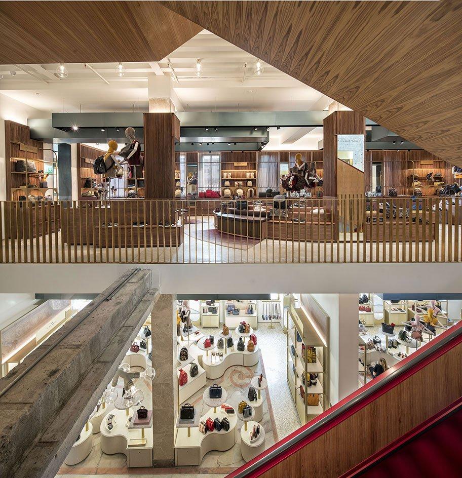 T-Fondaco-dei-Tedeschi-retail-interior-luxury-jamie-fobert