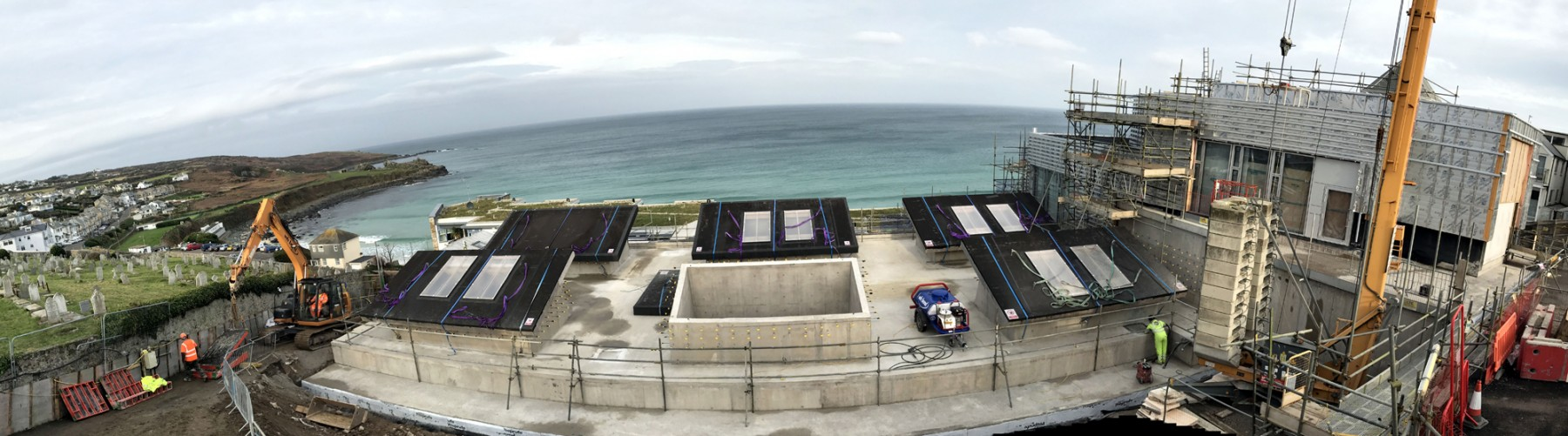 Tate-st-ives-cornwall-construction-site-jamie-fobert-architects-porthmeor-beach
