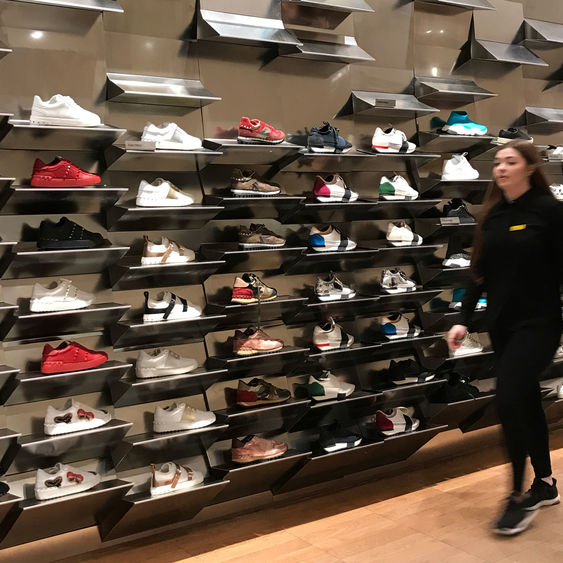 jamie-fobert-architects-selfridges-sneaker-wall-2