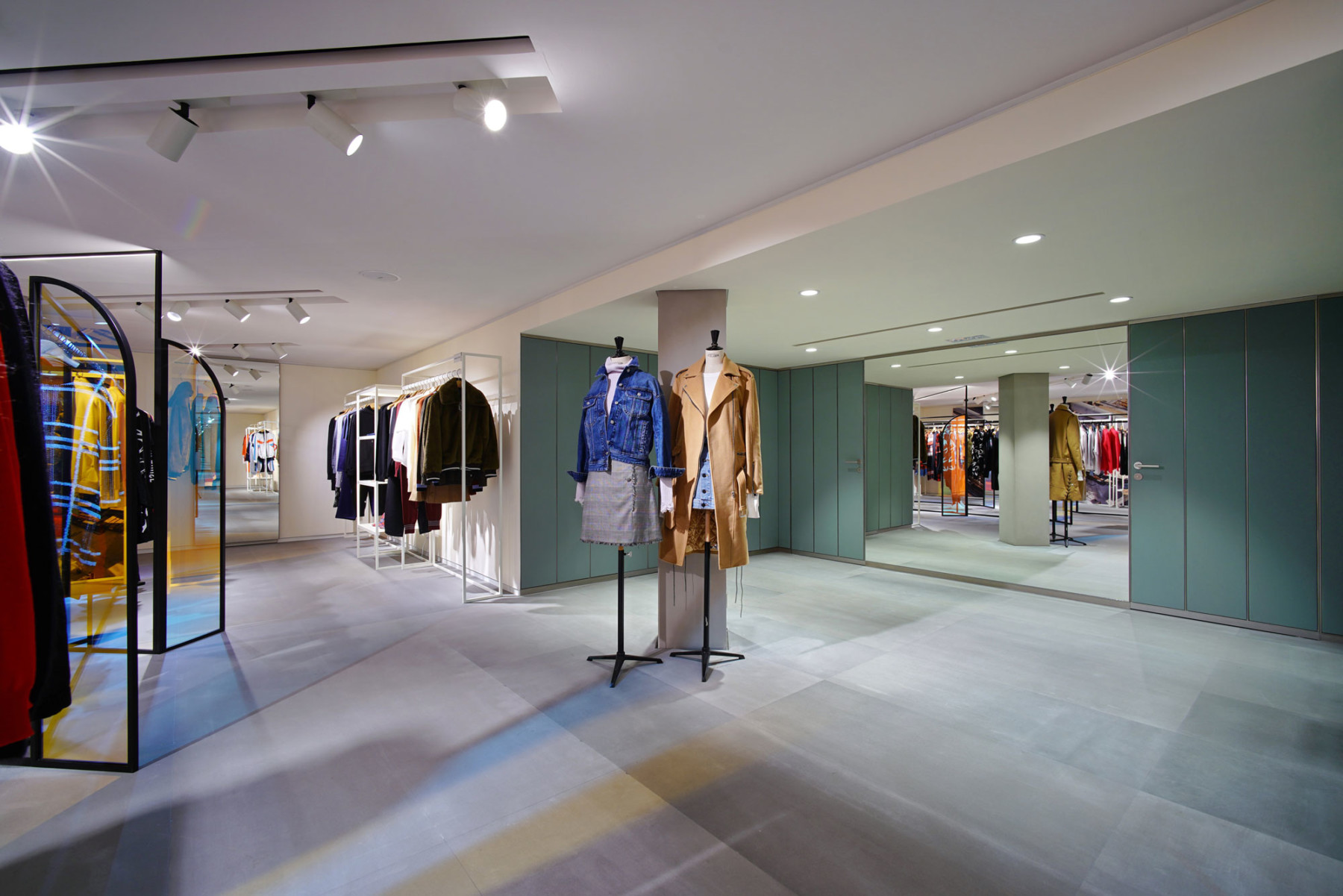 IT-HysanOne-HongKong-fashion-retail-luxury-department-store-shopping-design-concept-Jamie-Fobert-Architects-Gallery-3a