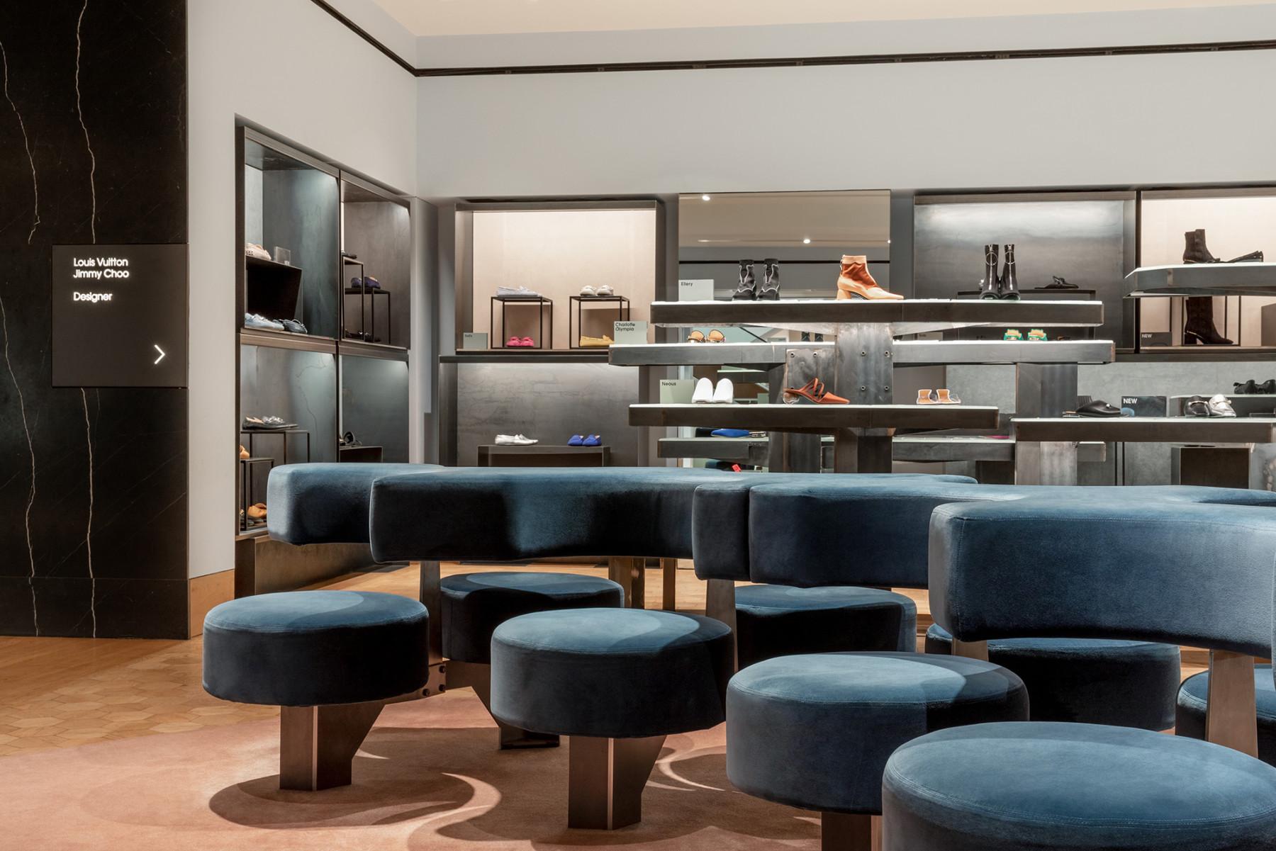 jamie-fobert-architects-selfridges-shoe-galleries-luxury-retail-concept-gallery-design-olivier-hess-photos-(7)