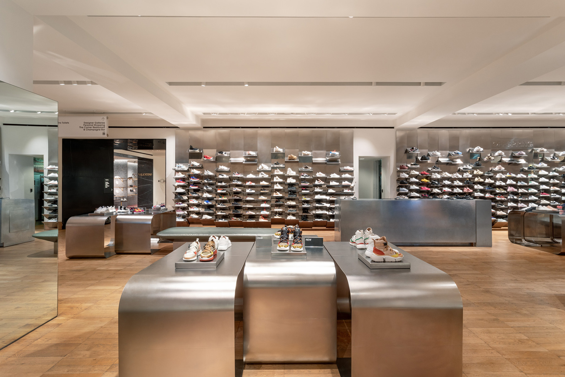 jamie-fobert-architects-selfridges-shoe-galleries-luxury-retail-concept-gallery-design-olivier-hess-photos-sneaker-wall3