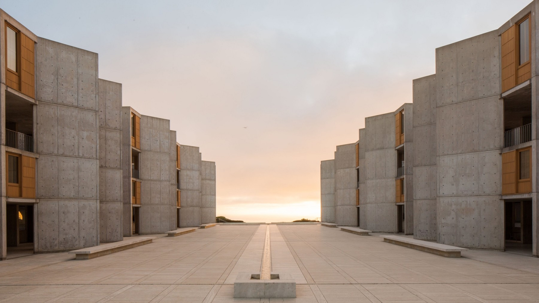jamie-fobert-architects-article-salk-institute-louis-khan-teak-restoration-california-usa dezeen hero