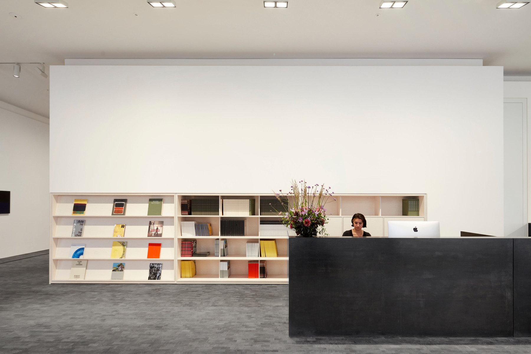 Pace-gallery-hanover-square-jamie-fobert-architects-reception